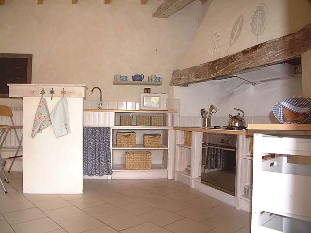 La grange kitchen01
